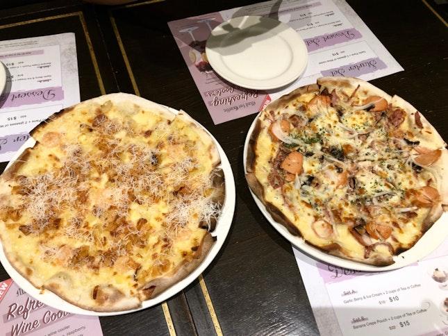 Garlic Snowing Pizza & Meatatarian Pizza