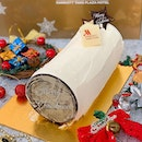 [Christmas 2019 - Singapore Marriott Tang Plaza Hotel]  This one's a log cake for the adults!