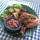 Delicous Ayam Penyet Rice