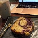 marble berry pound cake