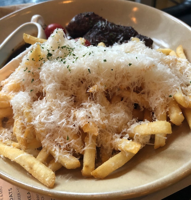 PS Cafe Truffle Shoestring Fries
