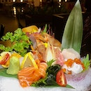 🌸Invited Tasting🌸 Ten Sushi is a casual sushi restaurant @thequaysidesg serving delicious premium sushi by Marusaya.