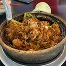 Chicken Claypot Rice ($13)