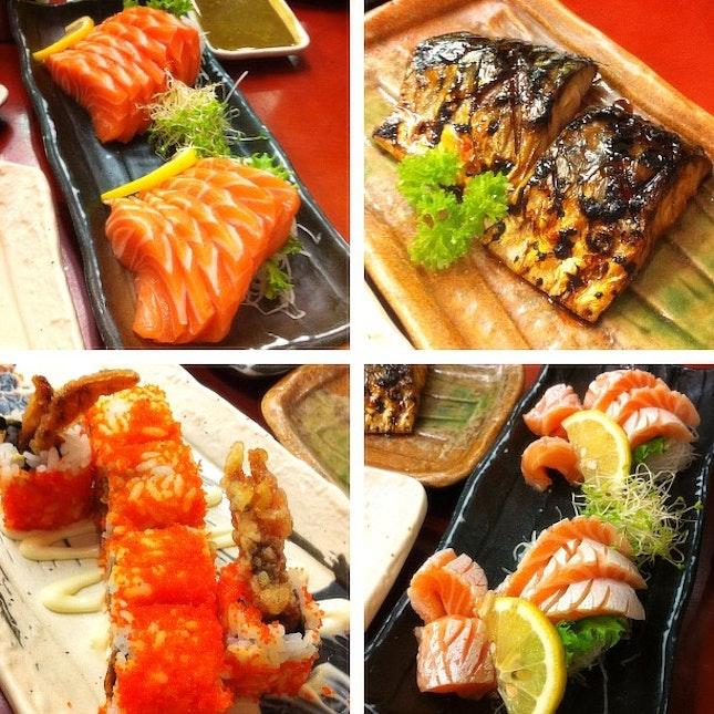 Lunch~ @ianbeh @robbie_goh @stanyeow  #food #japanese #sushi #zanmai #salmon #saba #teriyaki #wasabi #lunch #saturday #1U #nice #yummy #full