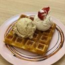 Double scoop gelato w waffle ($12.50)