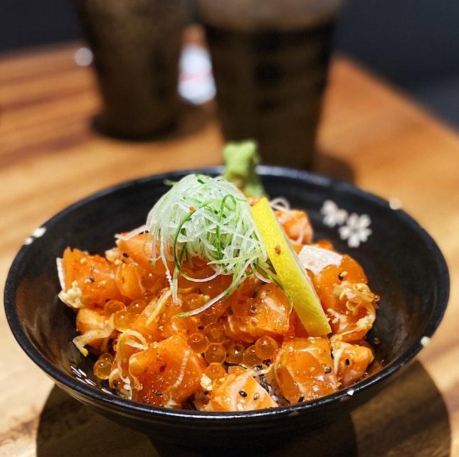 Super generous portions of sashimi!!