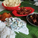 Something different today for lunch, had cravings for banana leaf.