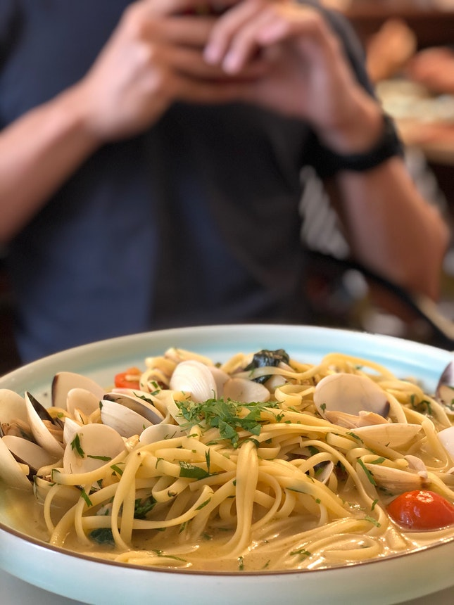Vongole With Linguine ($22) + Prawn Basil Pesto Pasta With Handmade Tagliatelle ($23 + $3)