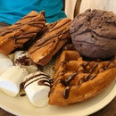 Churros Waffle ($8) with Premium Scoop ($4)