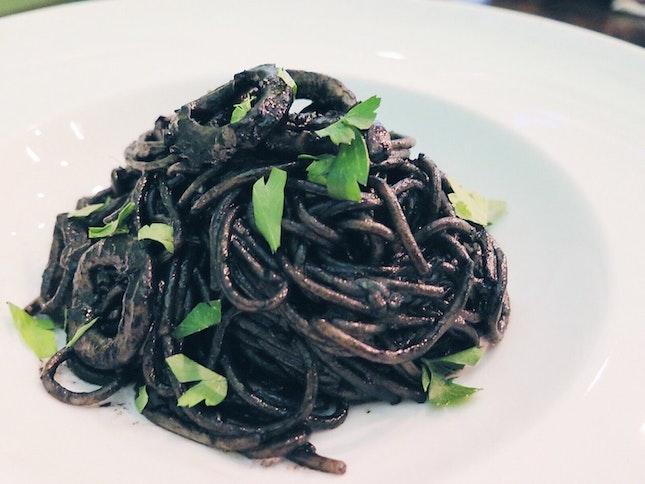 Nero -- squid ink pasta