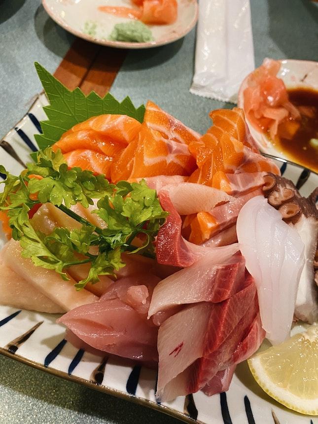 Ala-Carte Dinner Buffet ($38+/pax)