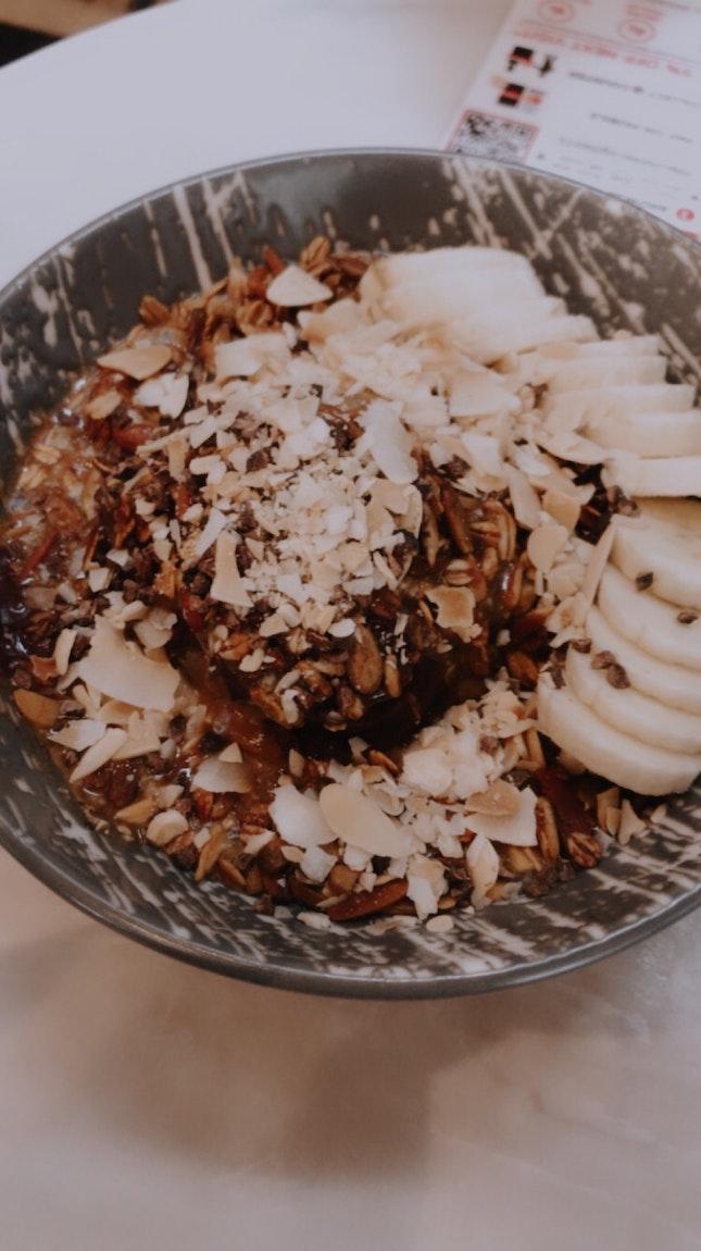 Nut butter acai Bowl