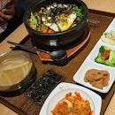 Dolsot Bibimbap 돌솥 비빔밥