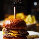 Cheeseburger ($16++) 😍