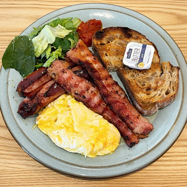 Generous Breakfast Set With Cohesive Flavours And Quality Ingredients