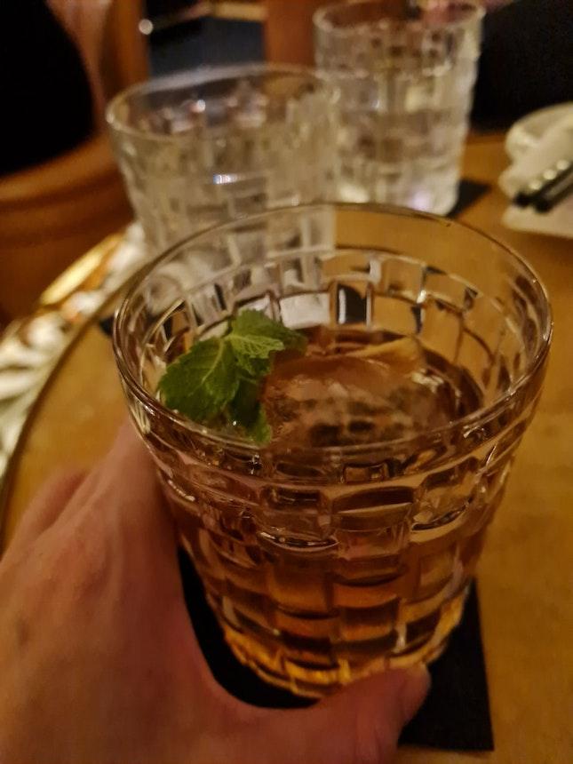 Tucked Away Cocktail Bar In Tanjong Pagar