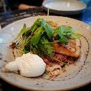 🍴Seared Salmon Quinoa 🍴 🍴Fynn's Café @ South Beach 🍴 #singaporefood #sgfood #sgeats #instafood #instafoodsg #foodhunt #foodsg #foodpornsg #exploresingaporeeats #exsgcafes #burpple #exploresingapore #singaporeinsiders #sgcafe #cafesg #sgcafes #sgigfoodies #sgfoodies #foodshare
