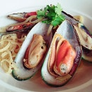 Mussels Linguine $18 - Chose this for the 2nd main course for the 1 - 1 with my @the_entertainer241 app.