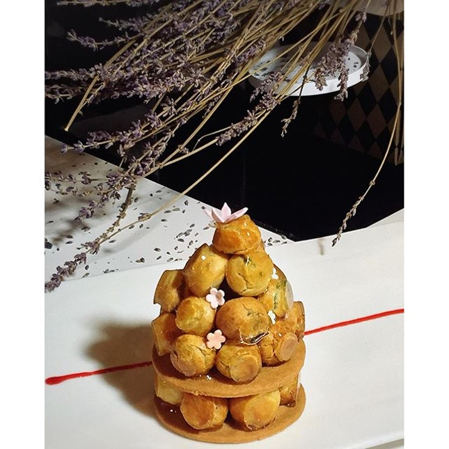 Piece Montee - Japanese Matcha Cream, Mascarpone Vanilla Cream, Choux Pastry, French Caramel, Sable Almond.