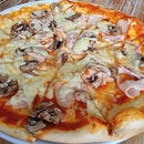 Turkey Mushroom Pizza 🍄🍕~ $22
