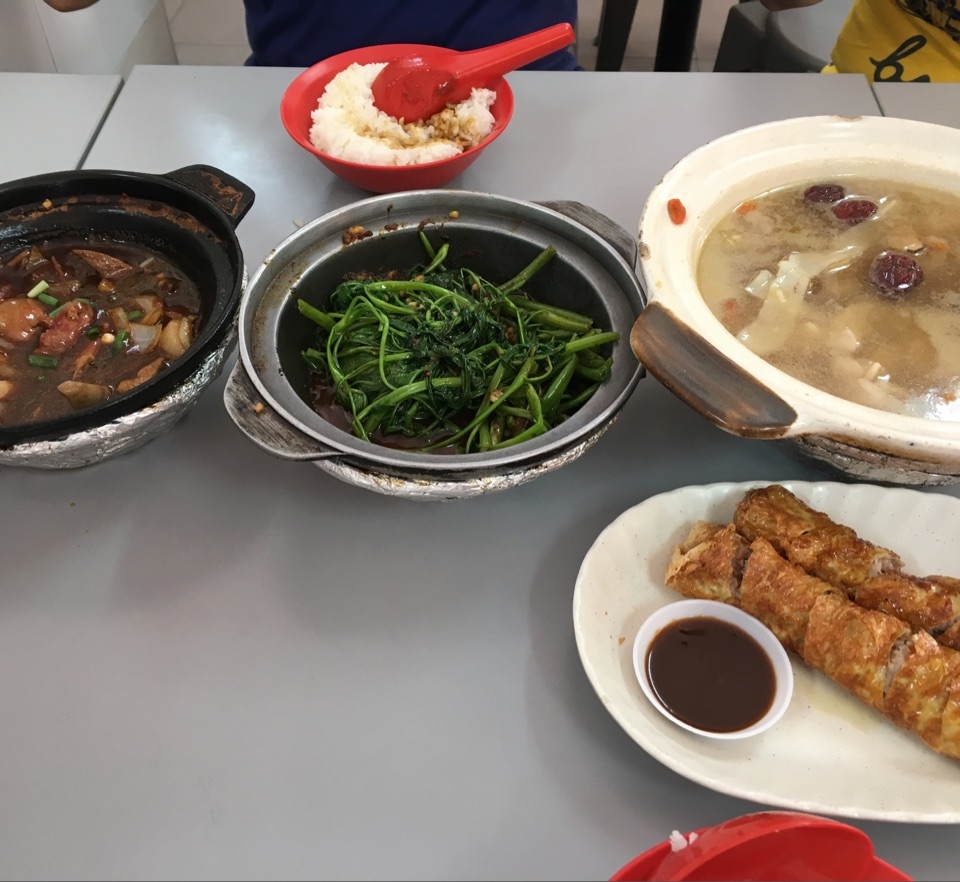 Awesome Value For Money Dishes, With Subpar Service