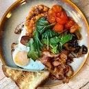 Breakfast for the Champions  _ Big breakfast on a sunny day  _ #sqtop_cafe #FoodinSingapore  #WhatMakesSG  #PassionMadePossible #STFoodTrending  #SGCuisine  #wheretoeatsg #eatmoresg  #burpple #burpplesg  #burpplebeyond