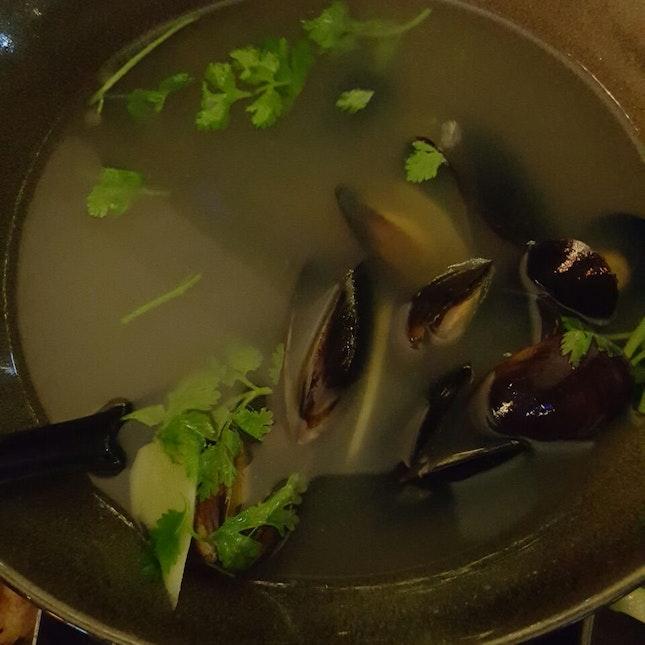 Mussels In Thai Beer Broth
