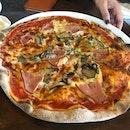 Pizza Romania