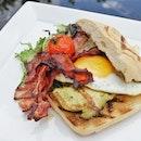 Pollo Grigliato Look at those perfect crispy bacon 😍