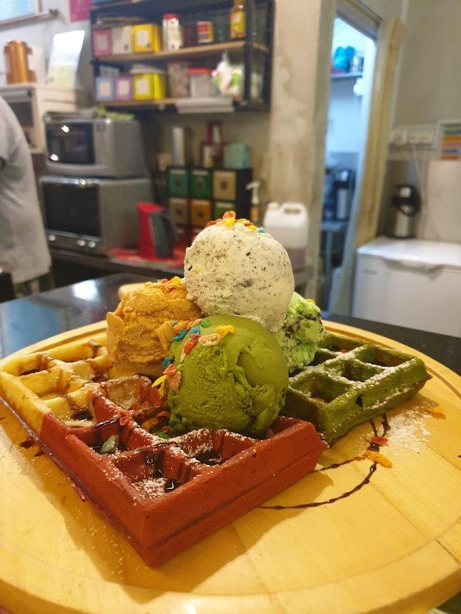 Waffles Set $29.90