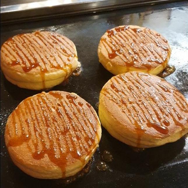 Souffle Pancakes ($18)