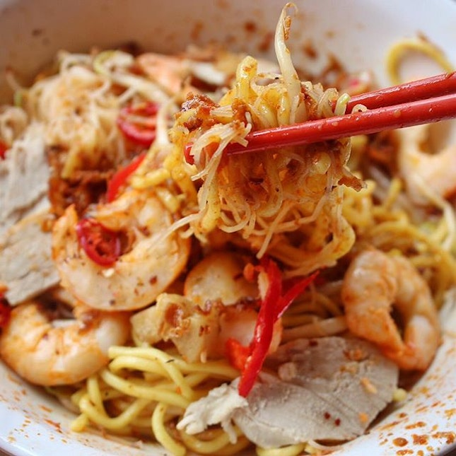 Finally tried 545 Whampoa #Prawn #Noodles at #Tekka Market after reading so much about its #oldschool taste.