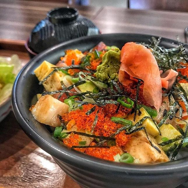 Barachirashi-Don from Sumo-ya has a great mix of fish, avocado and rice.