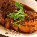 Braise Pork Belly 卤扣肉 Pork Ribs soup 排骨肉骨茶 .