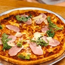 American Smoked Duck Pizza