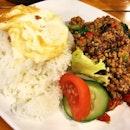 Minced pork Thai basil rice set.
