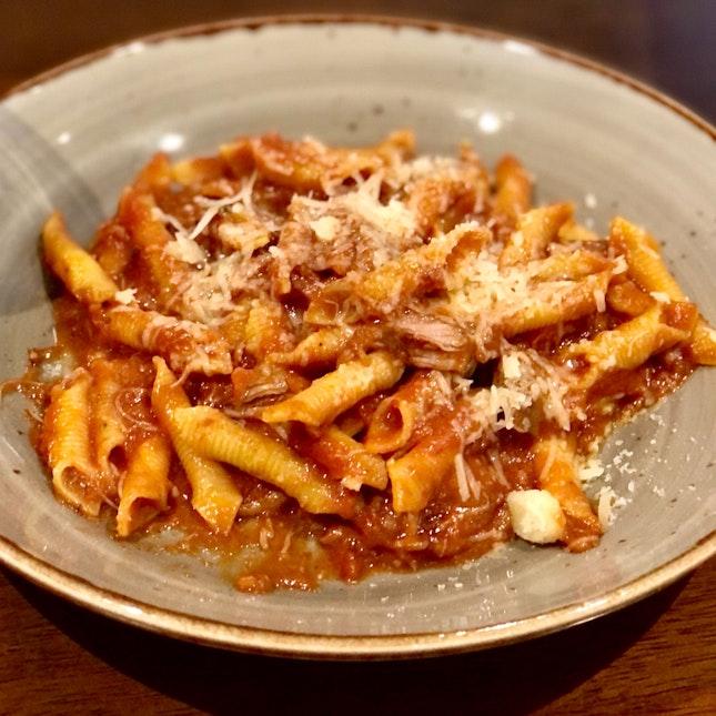 I (Lin O)n Lino's For Piquant Pastas