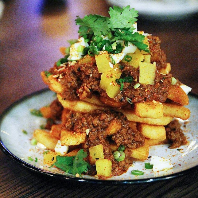 Taiwanese-inspired 'Lor Bak' Canadian Poutine Fries
