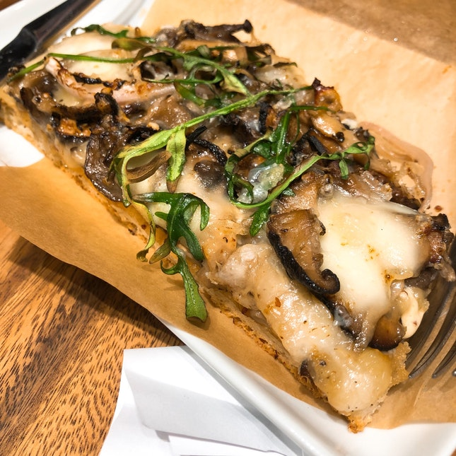 Mushroom Focaccia Pizza