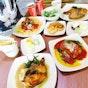 Cafeteria by BIGBOX