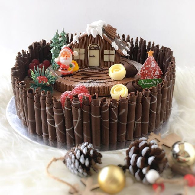 Counting days till Christmas with this pretty Santa's Cottage from Prima Deli.