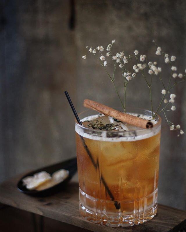 Three cheers with Teh Halia Earl Grey Cocktail...