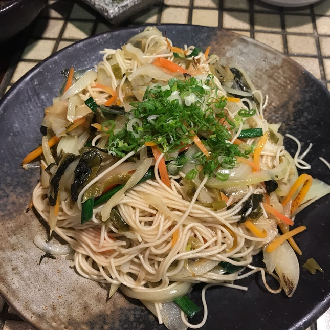 Stir fried white wheat noodle (somen) with mustard leaf [$14.80]
