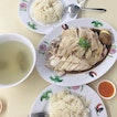 Always saw a beeline queue at this chicken rice stall but kinda disappointed with the chicken.
