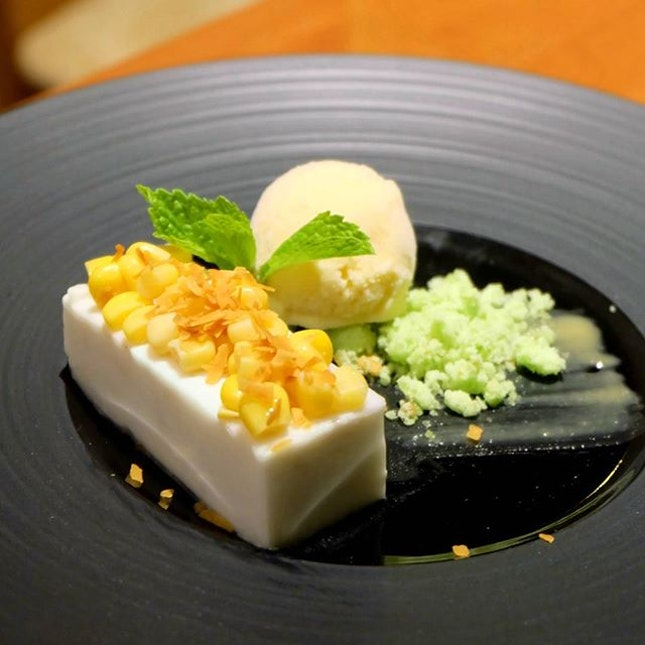 Coconut Yam Parfait and Corn Hoon Kueh