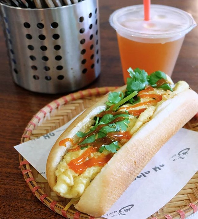 Spring Onion Omelette Banh Mi