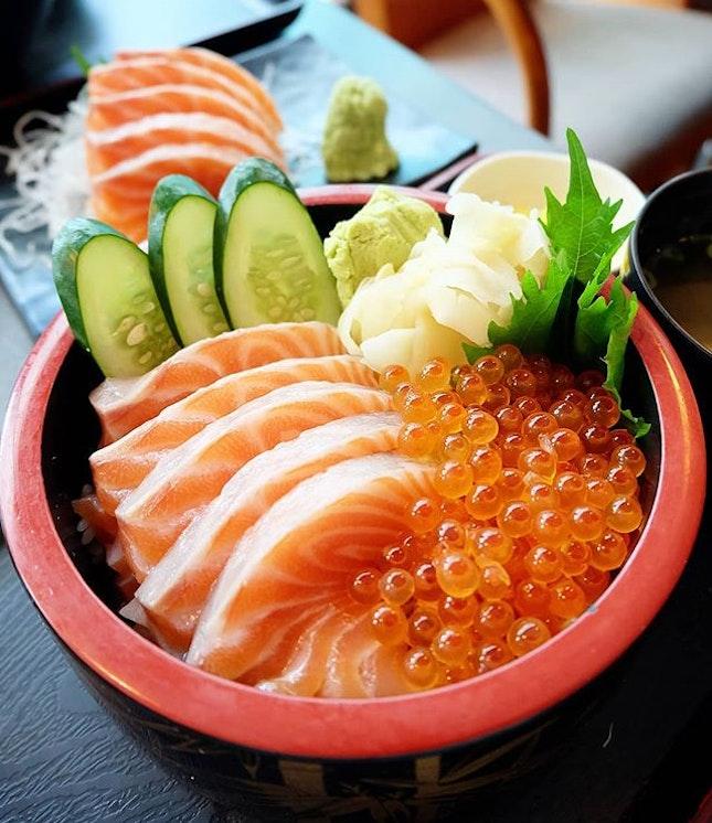 Salmon Ikura Chirashi