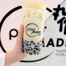 Chrysanthemum Milk Tea with Black Sesame Pearls