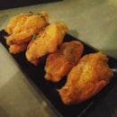 Crispy mid wings #burpple #foodporn #dinner #chickenwings