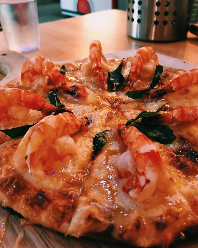 Butter Prawn Pizza
